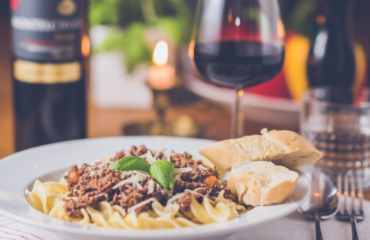 Каннеллони под соусом бешамель: готовим итальянское блюдо