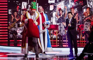 Зеленский рассказал, как выбирал новогоднюю елку, а Потап стал Дедом Морозом