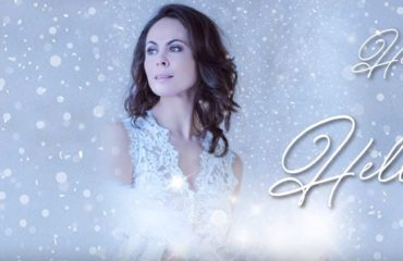 Наталья Кличко представила новую песню в новогоднем видео