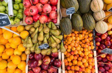 Почему опасно есть фрукты зимой: мнение диетолога