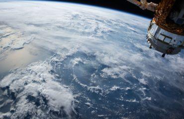 Спутник NASA показал быстрое таяние ледяной шапки в Антарктиде