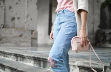 Модный провал: куда категорически запрещено приходить в джинсах