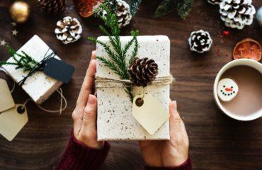 Новый год 2020: как ненавязчиво намекнуть на желанный подарок