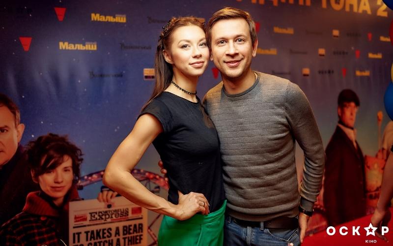 """Полина Логунова и Дмитрий Ступка посетили премьеру фильма """"Приключения Паддингтона 2"""""""
