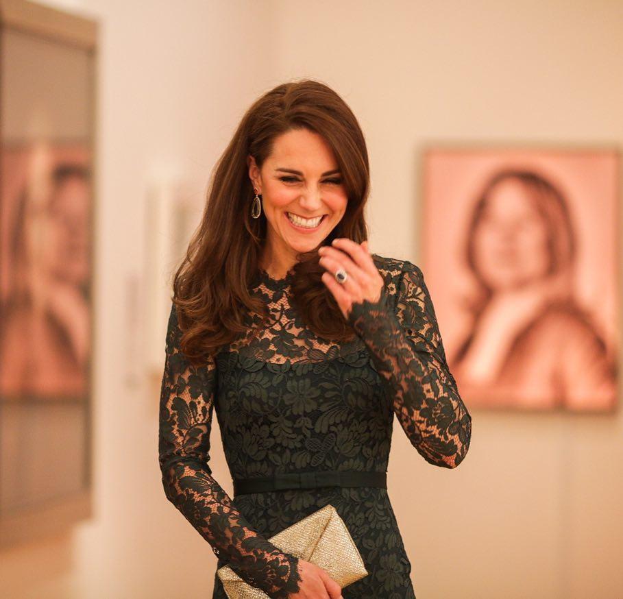 День рождения Кейт Миддлтон: элегантные наряды герцогини