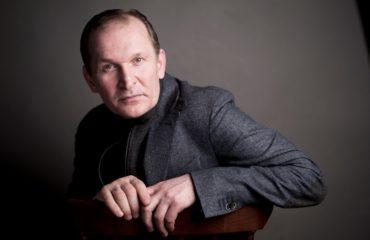 """""""1+1"""" подал в суд на Минкульт и Госкино из-за сериала """"Сваты"""""""