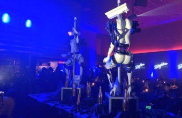 В Лас-Вегасе представили роботов-стриптизерш