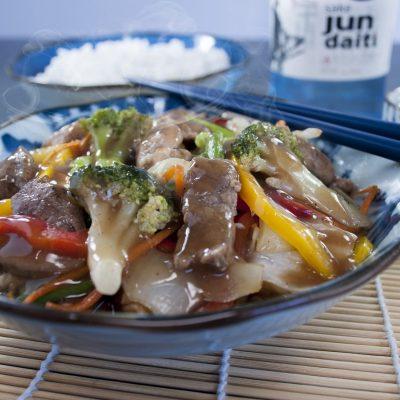 Китайская кухня: как приготовить чоу-мейн с креветками