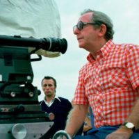 Режиссер фильмов о Джеймсе Бонде умер в Монако