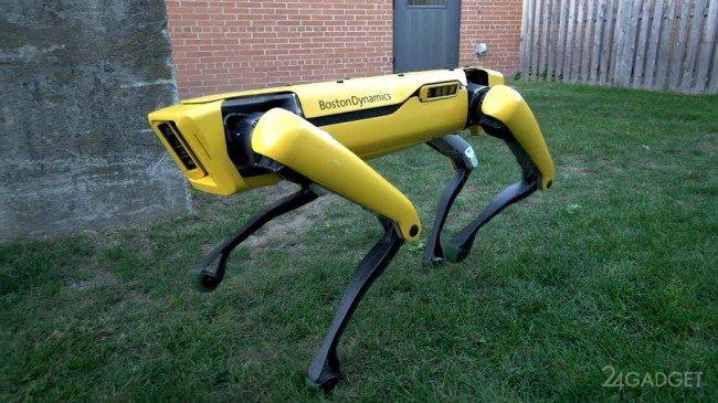 """""""Черное зеркало"""" стало реальностью: американцы научили робота-собаку открывать двери"""