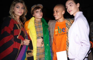 ЛГБТ и мода: Burberry посвятили показ сексуальным меньшинствам