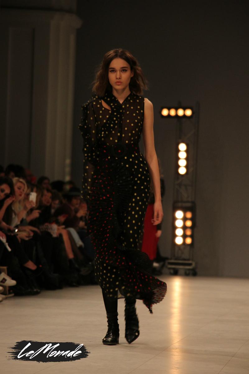 f8e699058b36 Фото  lemonade.style Ukrainian Fashion Week FW 18-19  коллекция Nadya Dzyak.