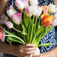 Что подарить на 8 марта: топ-7 универсальных подарков