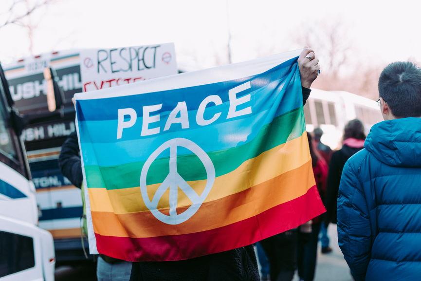 В Швейцарии ввели уголовное наказание за гомофобию