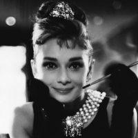 Внучка Одри Хепберн стала куратором выставки о моде