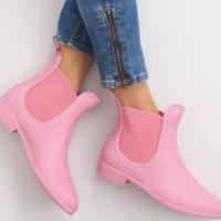 Резиновые сапоги 2018: самые стильные модели незаменимой обуви