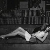 В объективе Карла Лагерфельда: Кайя Гербер в рекламной кампании Chanel