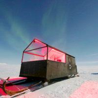 В Финляндии открыли уникальный отель на санях