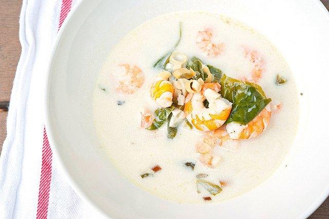 Тайский рыбный суп на кокосовом молоке