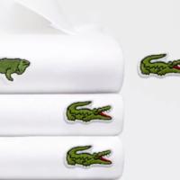 Lacoste изменил свой логотип ради спасения исчезающих животных