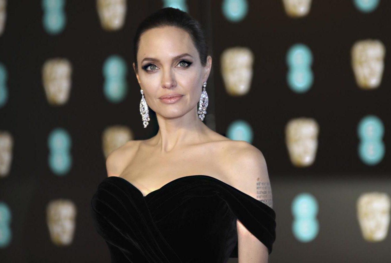 Анджелина Джоли сделала скандальное заявление о воспитании детей