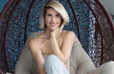 Анита Луценко рассказала, как избежать авитаминоза и сделать живот плоским