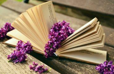 Всемирный день поэзии: популярные стихи современных авторов