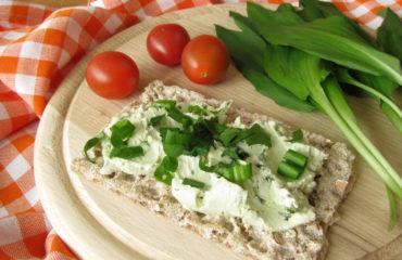 Вкусный белковый перекус за 10 минут: рецепт хлебца с сыром