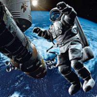 День космонавтики: впечатляющие фото и цитаты о космосе