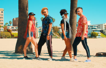 Группа Rumbero's научила танцевать японцев и мексиканцев в новом клипе