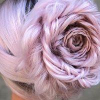 Розы из волос: в Instagram появился очаровательный тренд