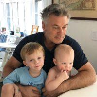 Снова сын: 60-летний Алек Болдуин стал отцом в пятый раз