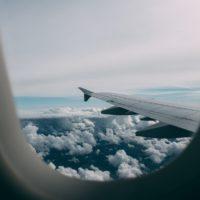 Что делать в падающем самолете: советы пилота