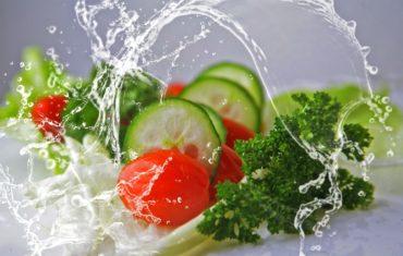 Вкусный салат: топ-3 рецепта от звезд