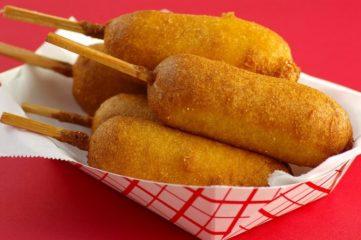 Сосиски в кляре: простой рецепт вкусной закуски за 10 минут