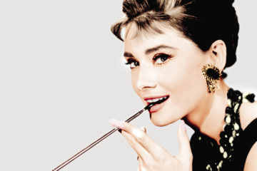 День рождения Одри Хепберн: топ-10 искрометных цитат легендарной актрисы