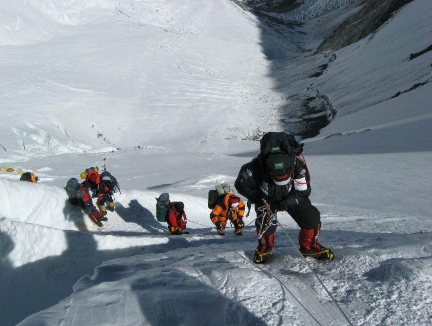 Обед на высоте 3500 метров: повара-энтузиасты организуют гастротур на Эверест