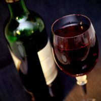 Где в Киеве пить вино: топ-3 заведения