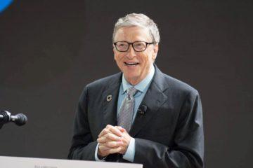 Билл Гейтс решил подарить книгу каждому американскому выпускнику