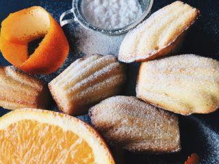 Перед ними не устоял сам король: история и рецепт пирожных Madeleines