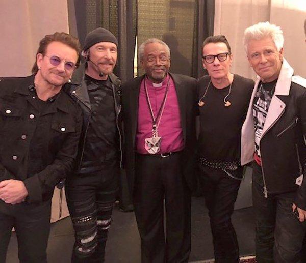 Звезда королевской свадьбы епископ Карри поговорил об Иисусе с Боно и U2