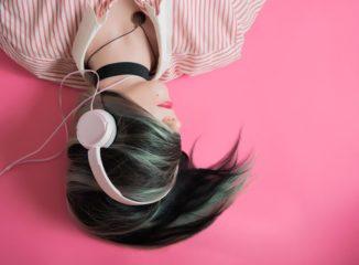 Аудиокниги бьют по эмоциям сильнее, чем фильмы: ученые
