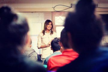 """Официально: Меланью Трамп пригласили на конкурс """"Мисс Украина"""""""