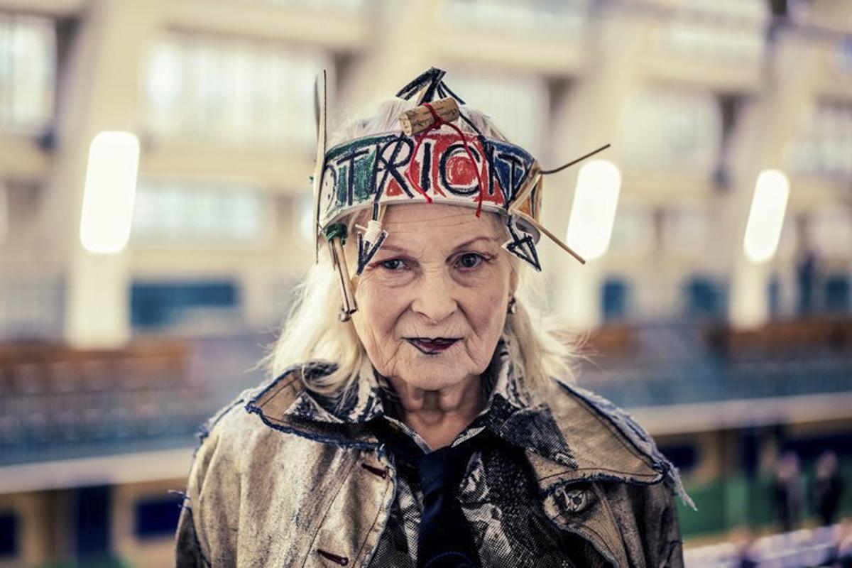77-летняя Вивьен Вествуд снялась в провокационной фотосессии для известного глянца