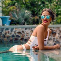 Загораем по-королевски: 5 правил пляжного отдыха от Миссис Вселенная