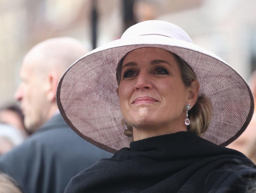Королева Нидерландов впервые прокомментировала самоубийство сестры