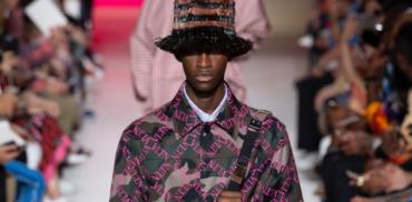 Логомания, хип-хоп и арт: в Париже прошел показ Valentino SS'19
