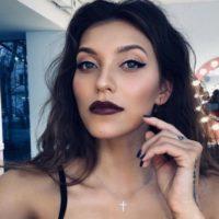 Регине Тодоренко – 29: самые стильные образы телеведущей