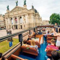 В Украину с любовью: путешественники из каких стран посещают нашу страну чаще всего в 2018 году