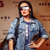 """Осадчая, Шуров и Добрыднева посетили премьеру фильма """"Не волнуйся, он далеко не уйдёт"""""""